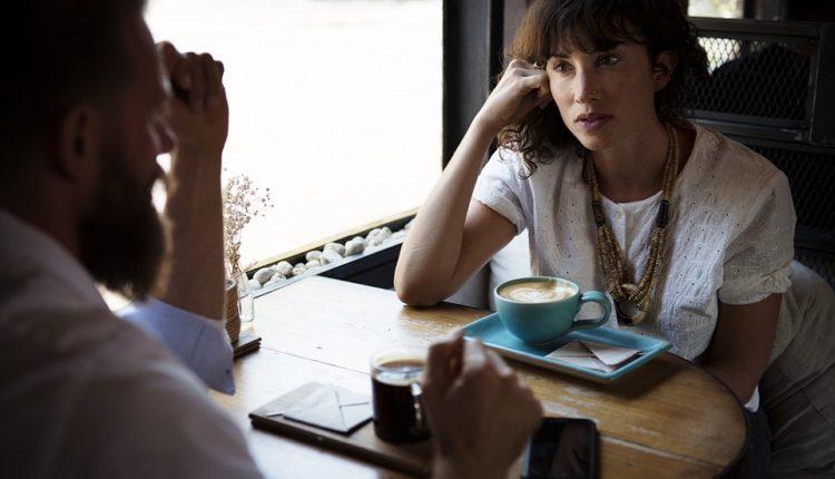 Listening Skills: Beneficial listening habits in communication