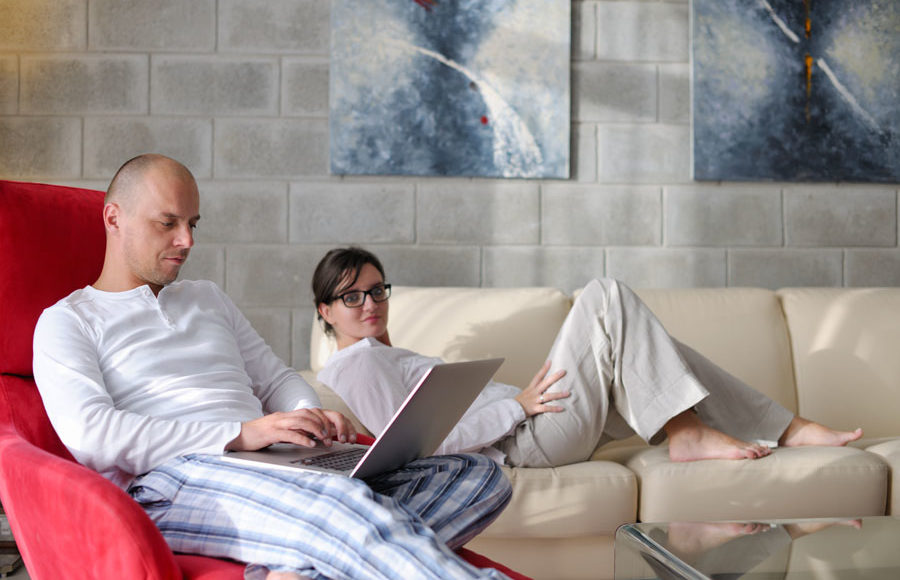 How Social Networking Sites Can Affect Your Marriage