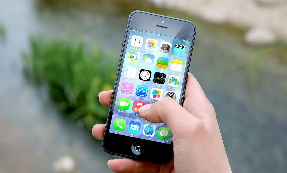 When Should You Get Your Child a Cell Phone?