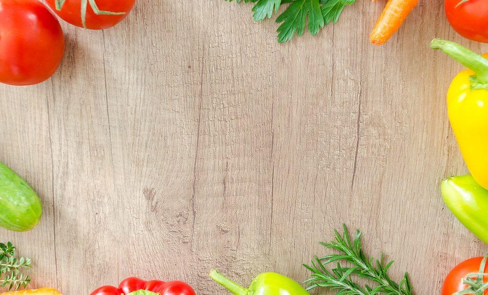 Season By Season Fruits and Vegetables: Eating for the Season